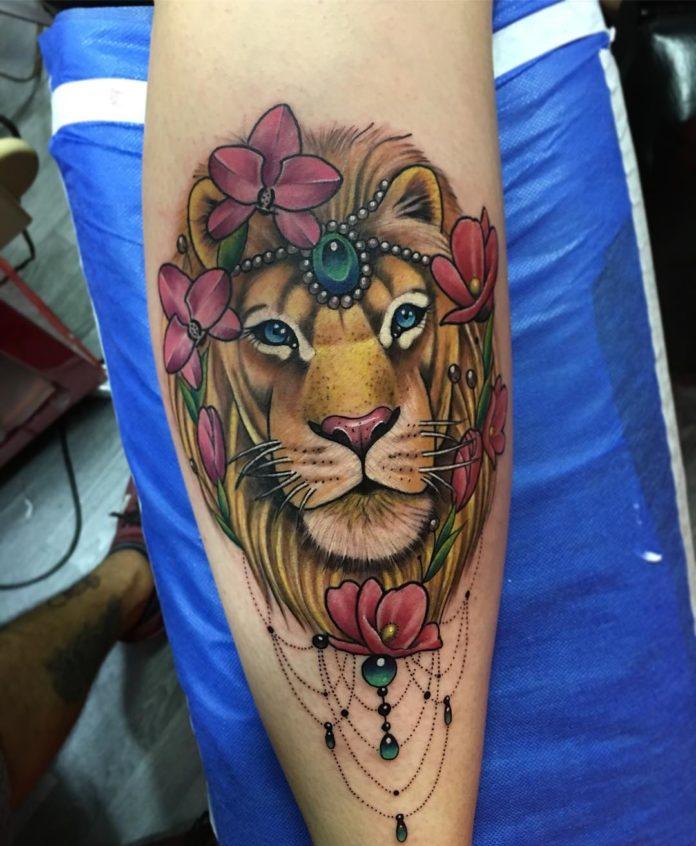 26186850 1351682171644797 1776828378377093120 n 1 - 53 Tatouages Lion pour Femme