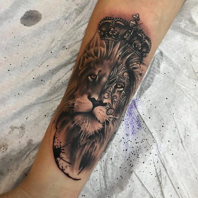 29094542 1649703905120239 6796502780589637632 n - 53 Tatouages Lion pour Femme