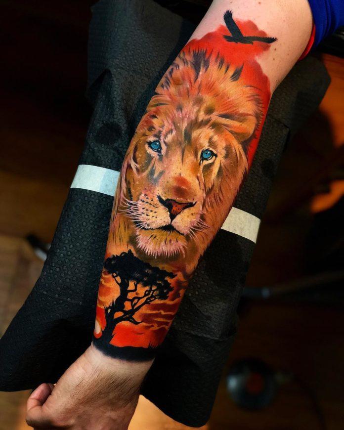 Tatouage en couleur d'une Tête de Lion sur avant bras