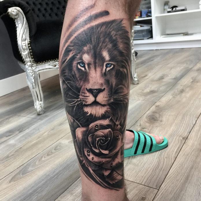 Tatouage Tête de Lion + Rose sur mollet