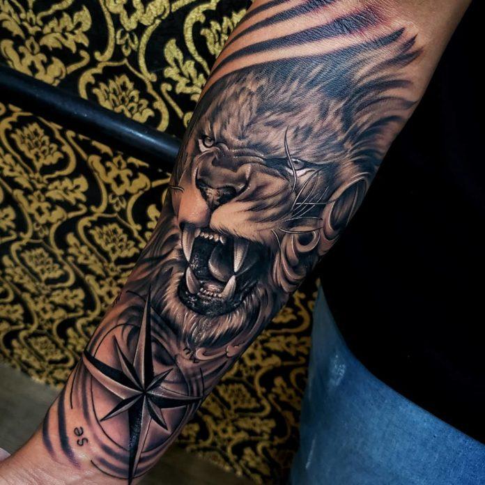 Tatouage Lion sur avant bras