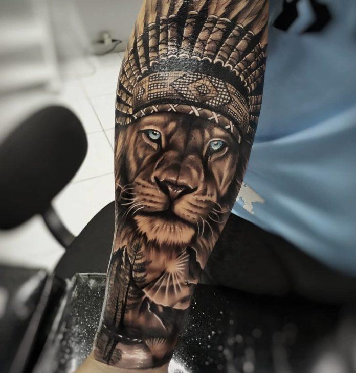 Tatouage Lion amérindien sur avant bras