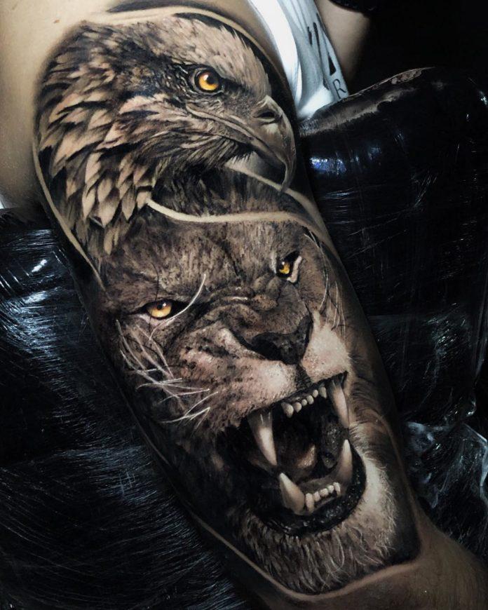 Tatouage réaliste composé d'une tête d'aigle et de Lion