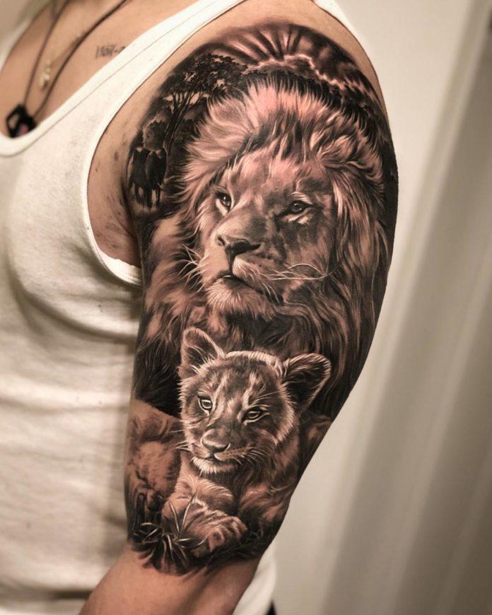 Tatouage Lion + lionceau sur épaule
