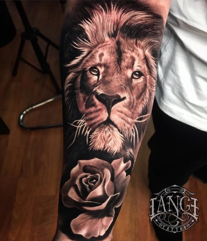 Tatouage Tête de Lion + Rose sur avant bras