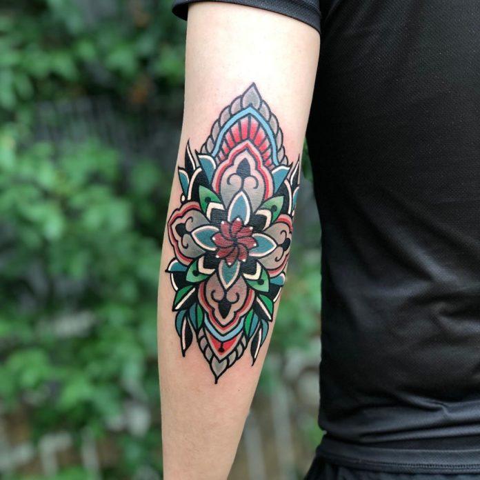67503013 2331531520263693 3109737228352219533 n - Les 10 emplacements du corps les plus douloureux pour se faire tatouer