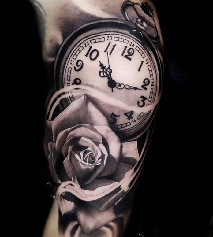 B22c3bRlTWJ - 100 Tatouages d'Horloge pour Homme