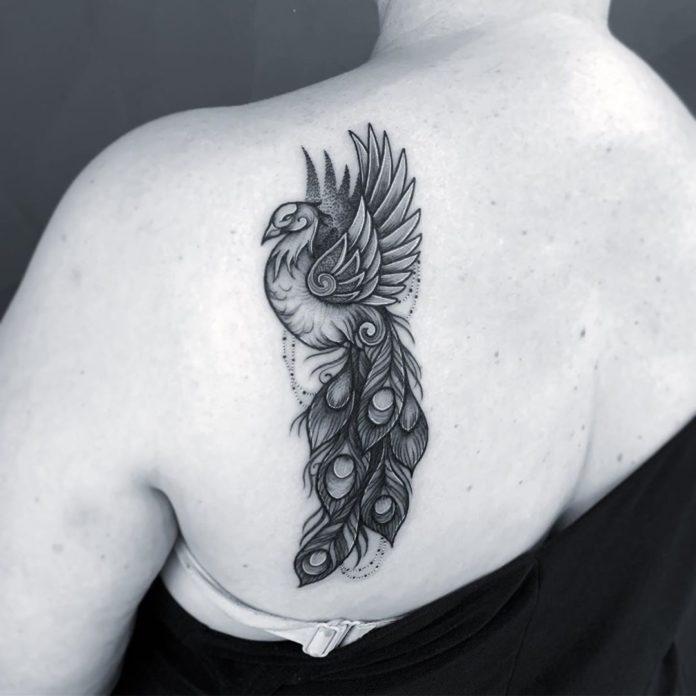 10 9 - 100 Magnifiques Tatouages Dos pour Femme
