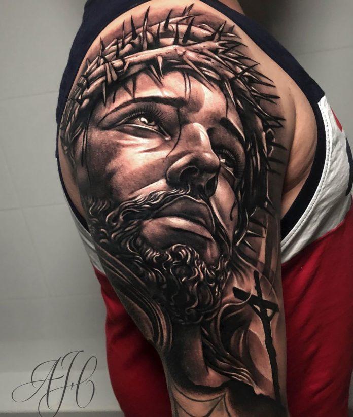 100 7 - 156 Incroyables Tatouages Épaule pour Homme