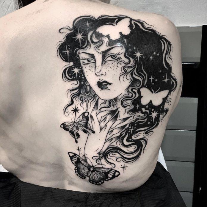 16 8 - 100 Magnifiques Tatouages Dos pour Femme