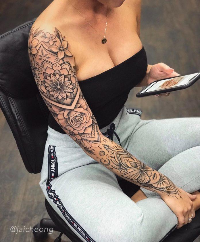 27 10 - Top 100 Tatouages Bras Complet pour Femme