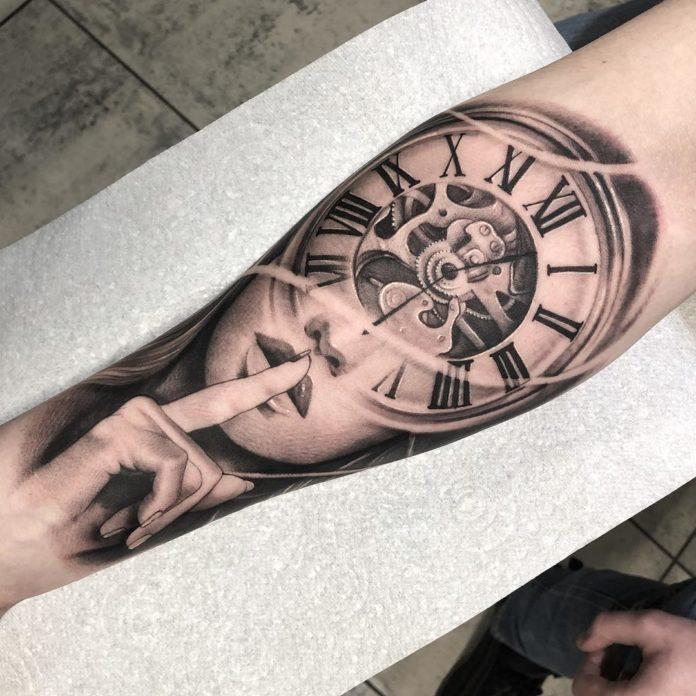 29096360 131212581049174 1803764514882060288 n - 100 Tatouages d'Horloge pour Homme