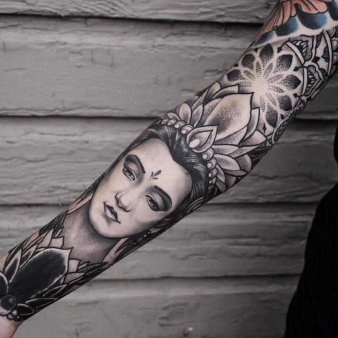 30 2 - 100 Magnifiques Tatouages Avant Bras pour Femme