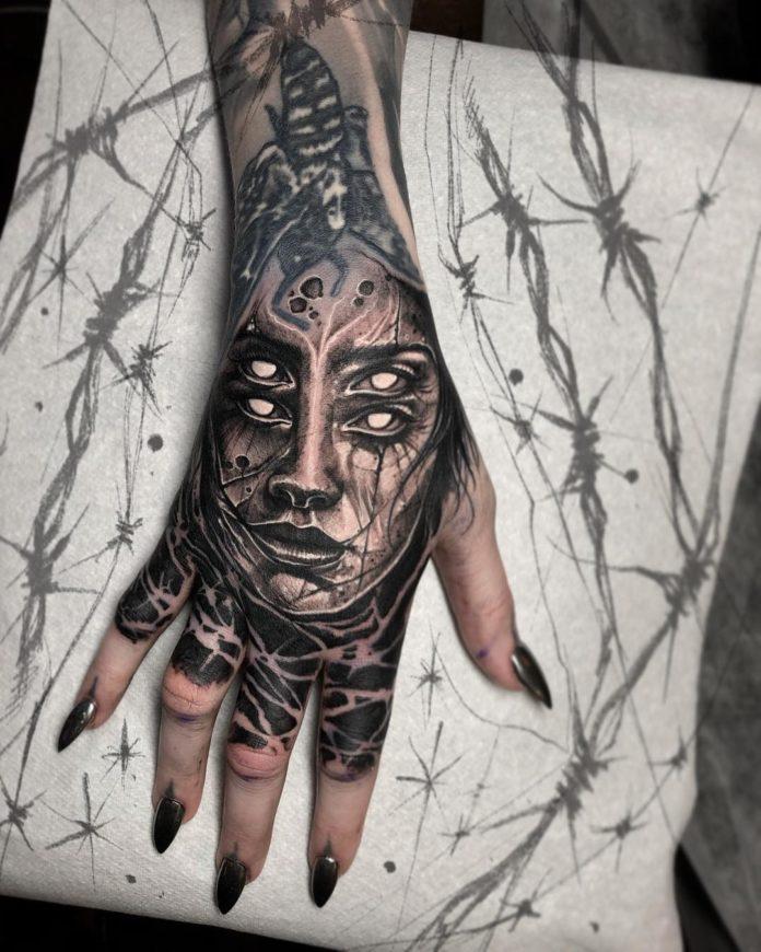 34 6 - 100 Impressionants Tatouages sur la Main pour Femme