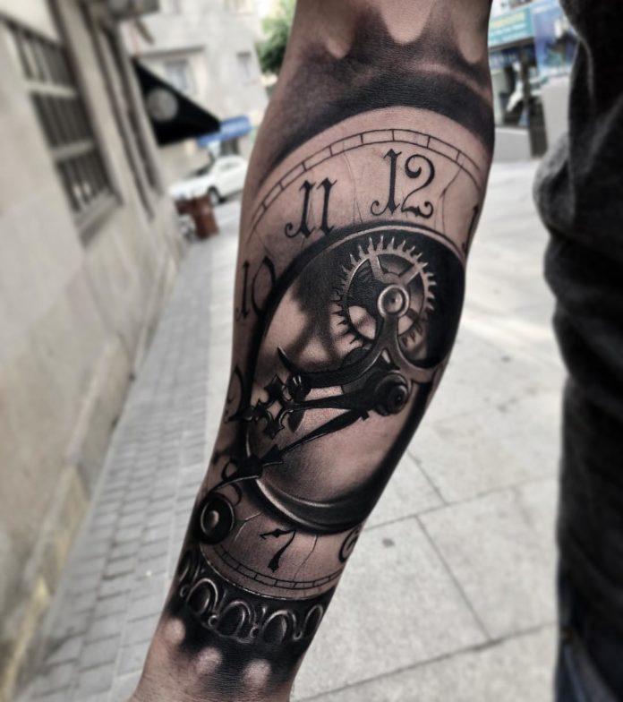34571630 213496955929406 2648958020821712896 n - 100 Tatouages d'Horloge pour Homme
