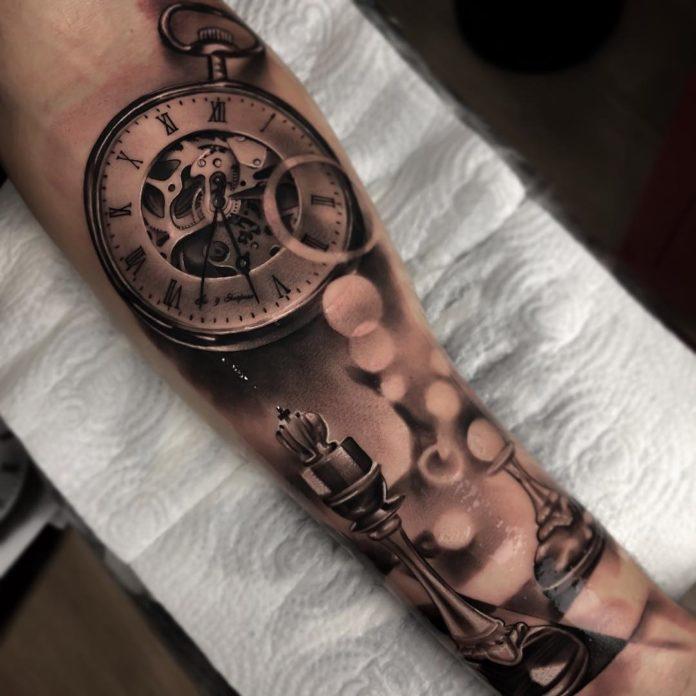 37174476 2093317340743492 8038682231117447168 n - 100 Tatouages d'Horloge pour Homme