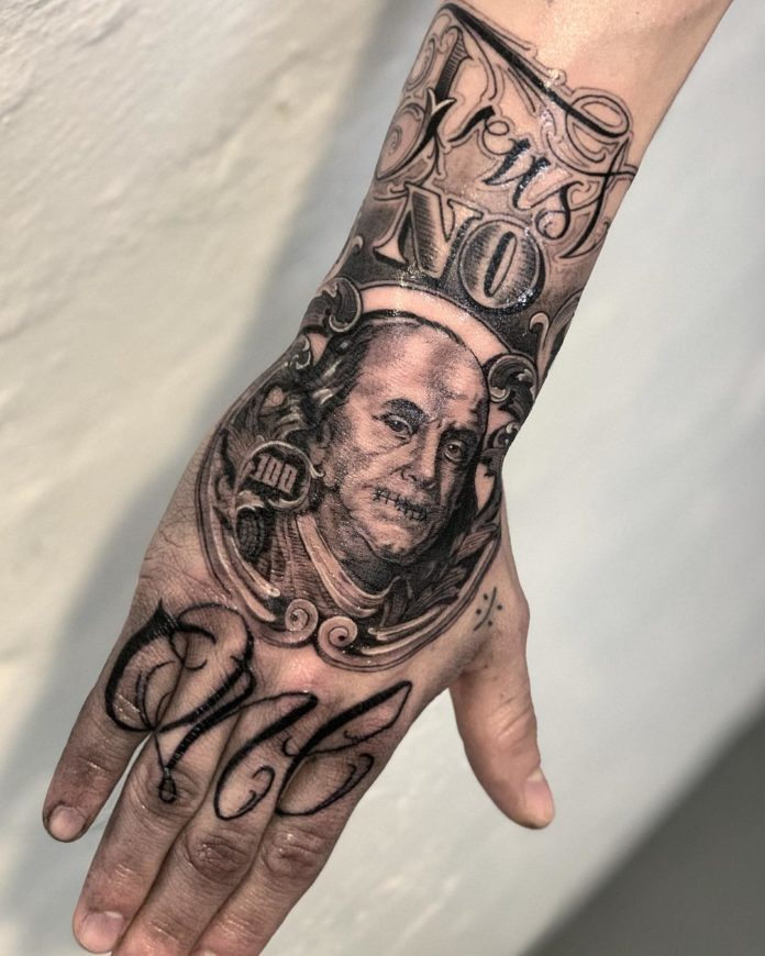 38 4 - Top 100 de Tatouages sur la Main pour Homme
