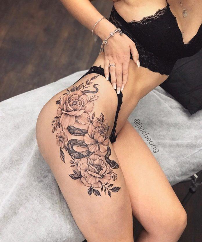 52 8 - Top 100 Tatouages Cuisse pour Femme