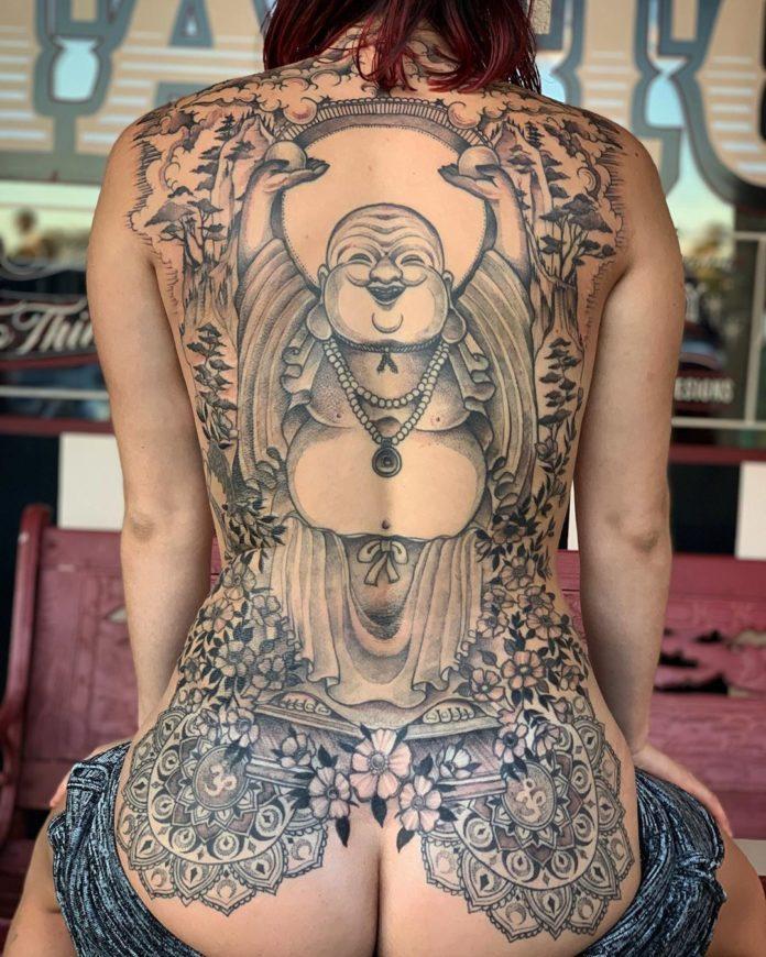 65 10 - 100 Magnifiques Tatouages Dos pour Femme