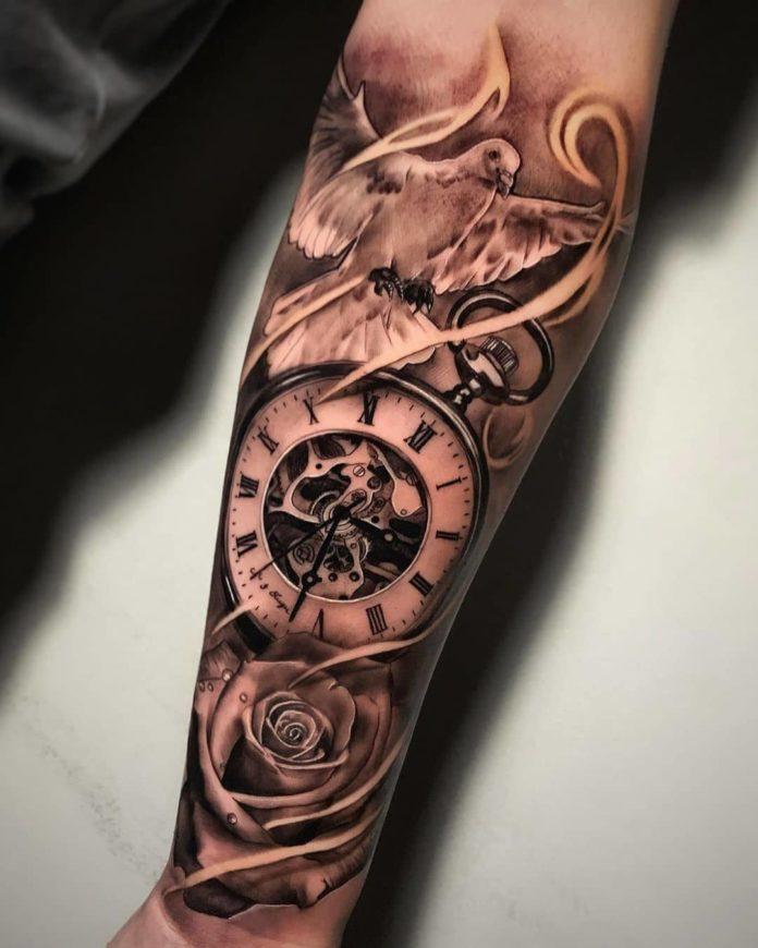 65638969 148676672949614 2229761453411174112 n - 100 Tatouages d'Horloge pour Homme