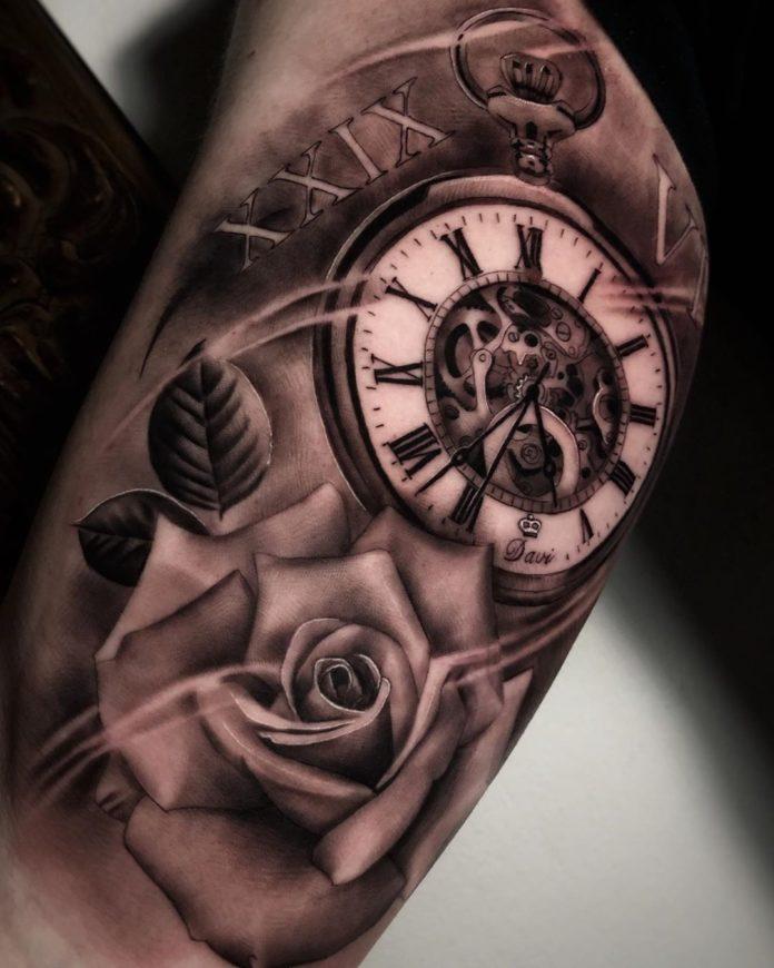 69777964 751250215304212 2418397708355186839 n - 100 Tatouages d'Horloge pour Homme
