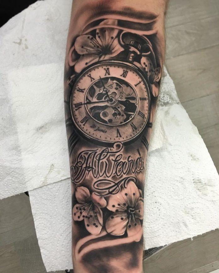 84 - 100 Tatouages d'Horloge pour Homme