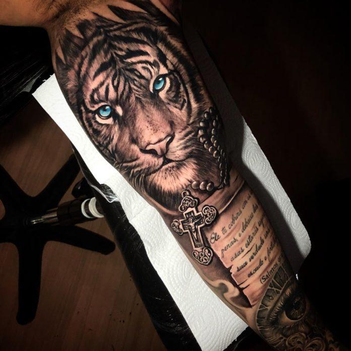 87 1 - Top 100 Tatouages Tigre pour Homme