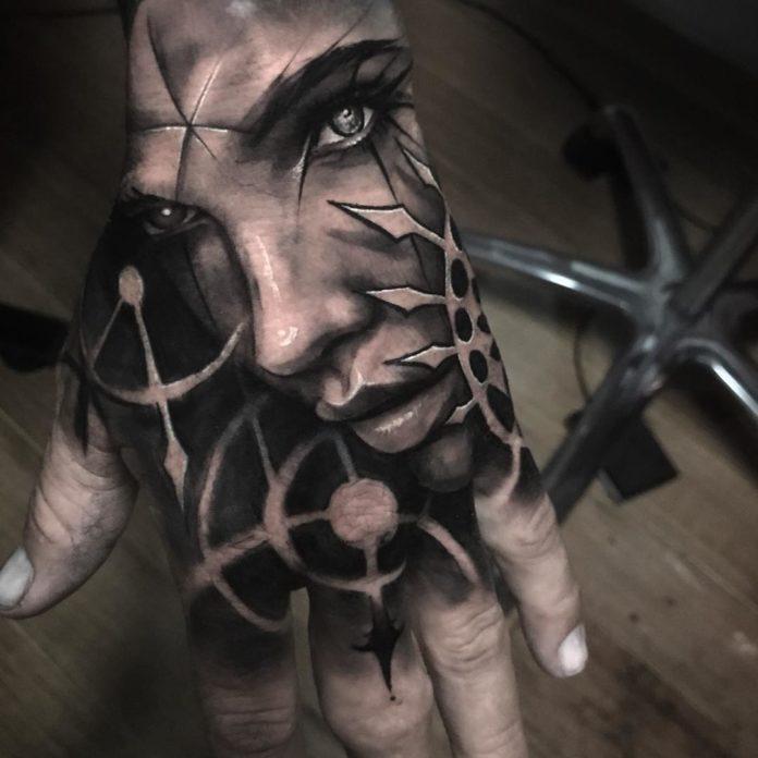 88 4 - Top 100 de Tatouages sur la Main pour Homme