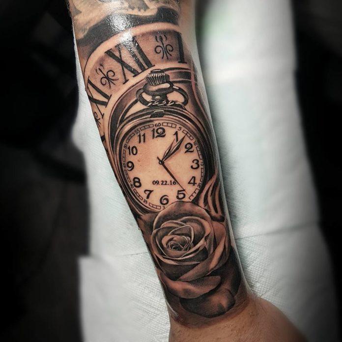 92 - 100 Tatouages d'Horloge pour Homme