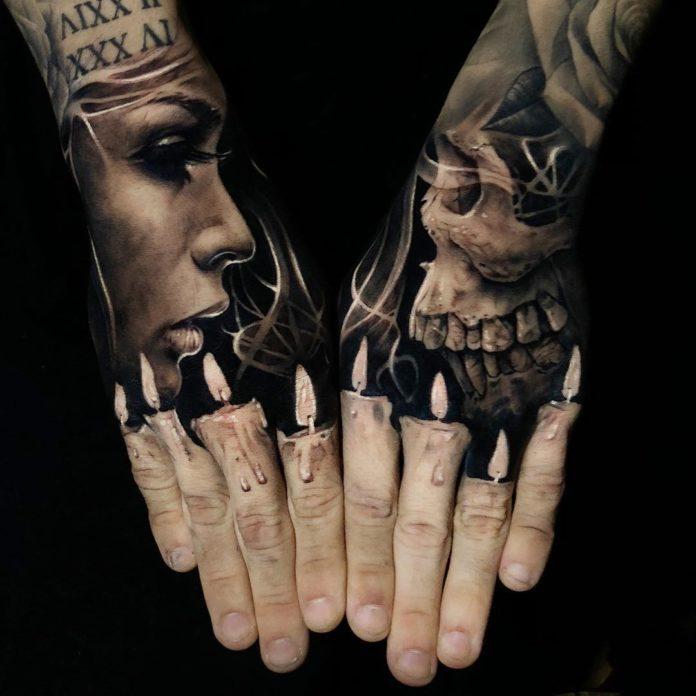 Tatouage de profil de femme et de profil de crâne avec des bougies allumées sur les deux mains