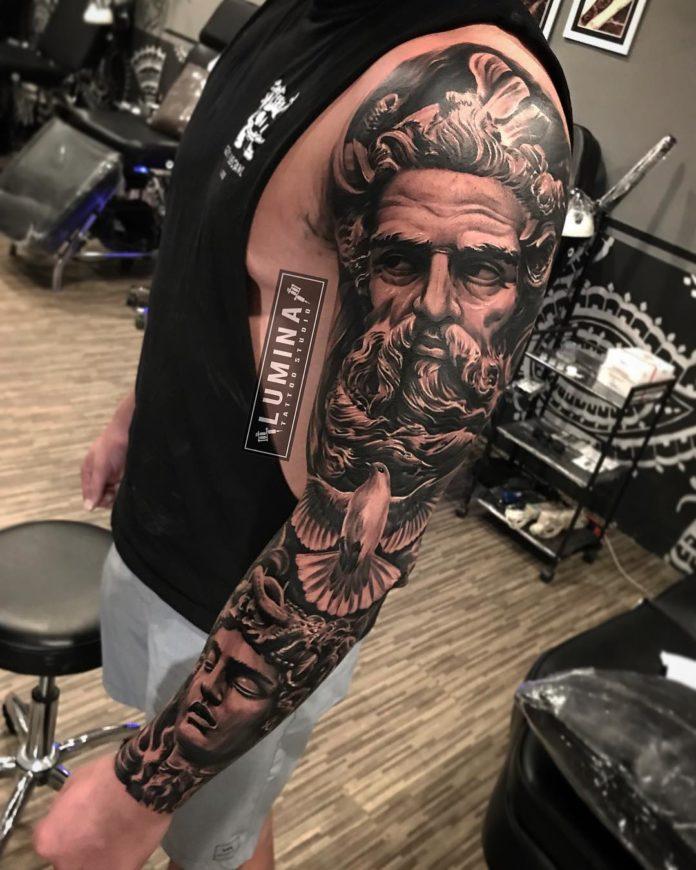 Composition de tatouage de visage d'hommes + Colombe