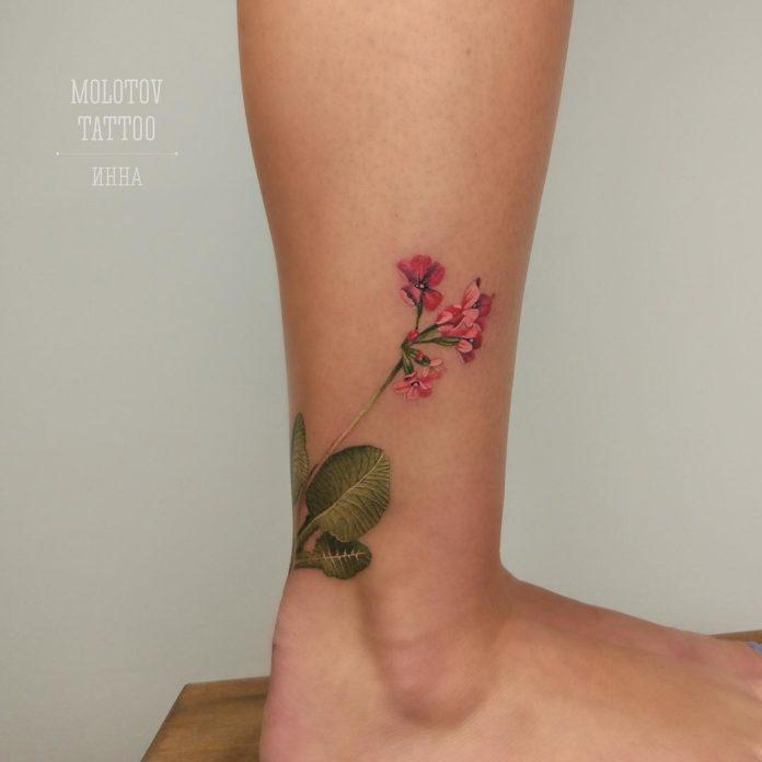 11 3 - Idées de Tatouage Fleur pour Femme (100 photos)