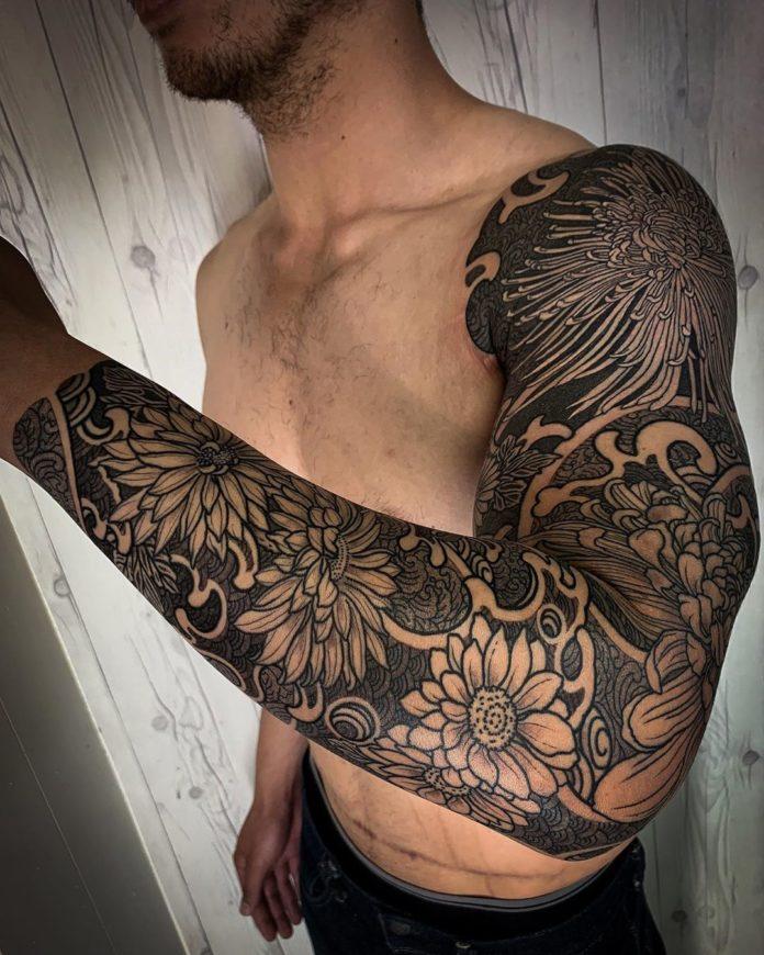 112 - 150 Tatouages Bras Complet pour Homme