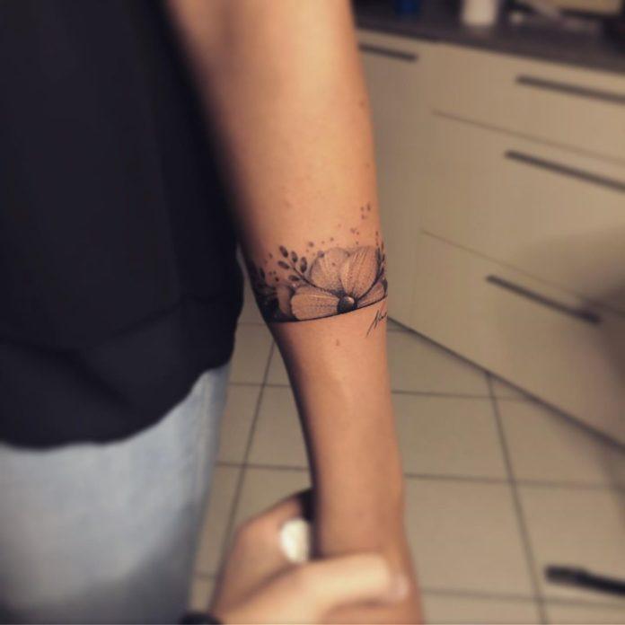 12 8 - 100 idées de Tatouages Bracelet pour Femme