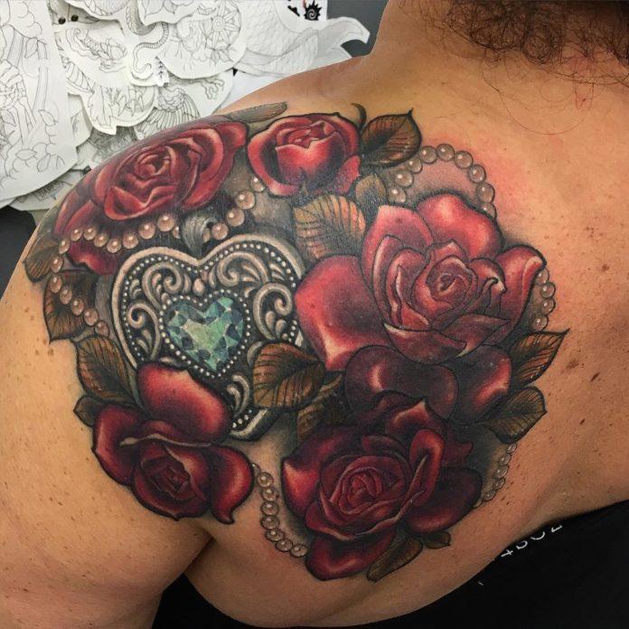 14 4 - 100 des plus beaux Tatouages Coeur pour Femme