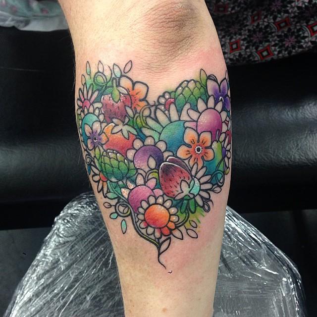 15 4 - 100 des plus beaux Tatouages Coeur pour Femme