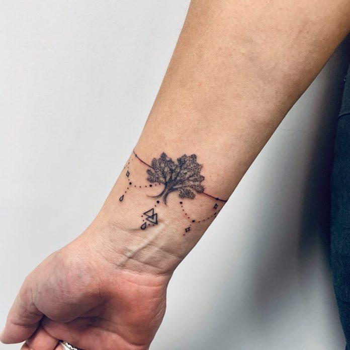 16 8 - 100 idées de Tatouages Bracelet pour Femme