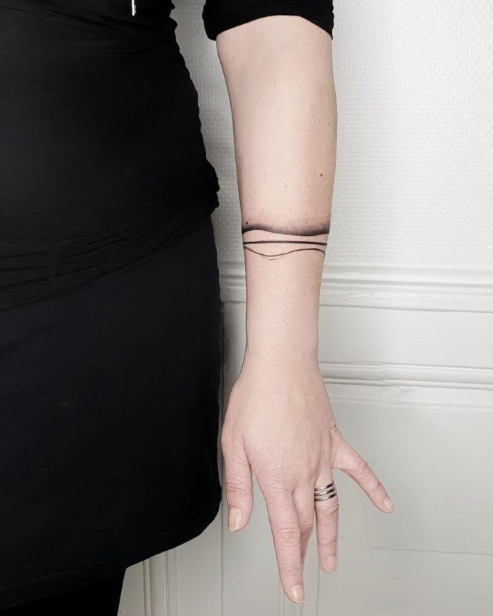 21 7 - 100 idées de Tatouages Bracelet pour Femme