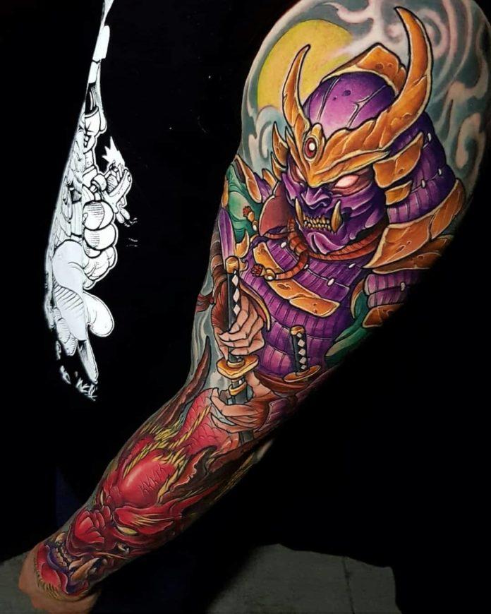 Tattoo d'un Samurai et de dragon