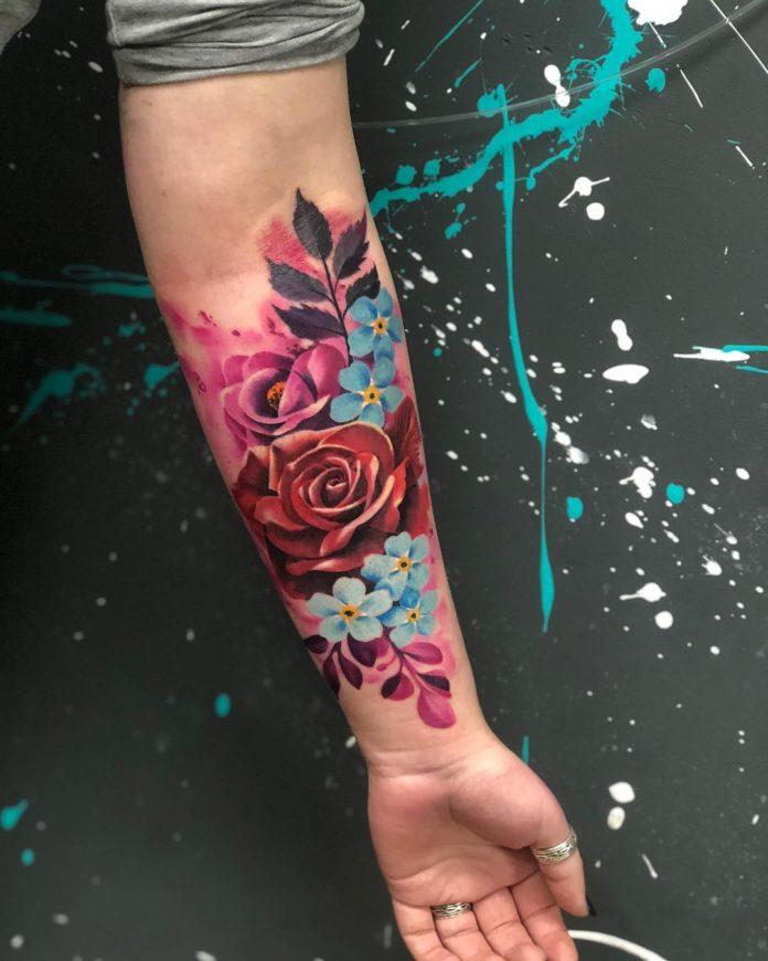 28 3 - Idées de Tatouage Fleur pour Femme (100 photos)