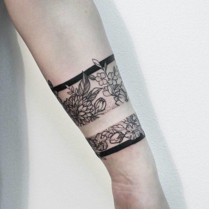 35 new 3 - 100 idées de Tatouages Bracelet pour Femme