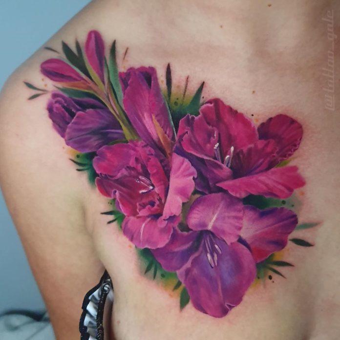 39 4 - Idées de Tatouage Fleur pour Femme (100 photos)