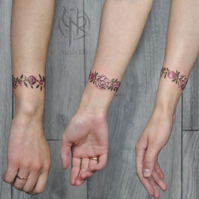 4 9 - 100 idées de Tatouages Bracelet pour Femme