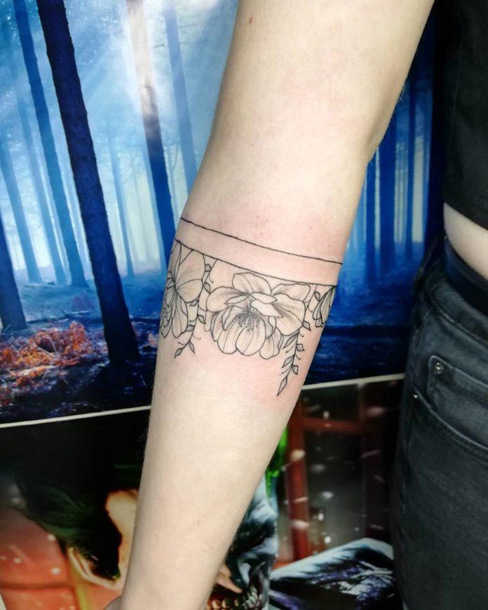 41 8 - 100 idées de Tatouages Bracelet pour Femme