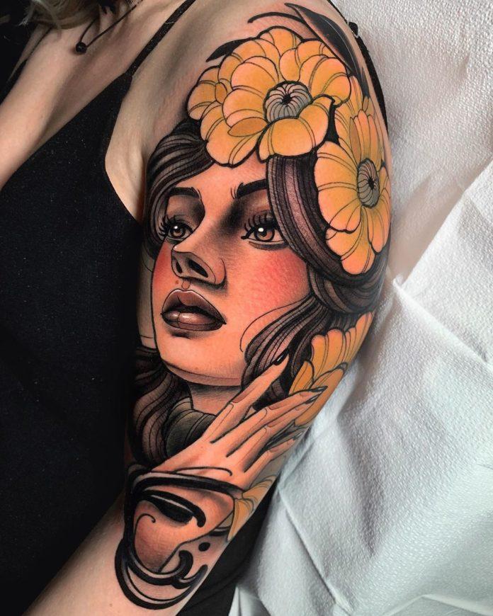Tatouage en couleur de visage de femme + Fleurs