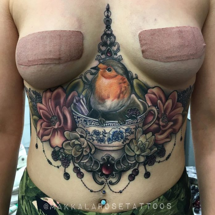42 5 - 100 Tatouages Poitrine pour Femme