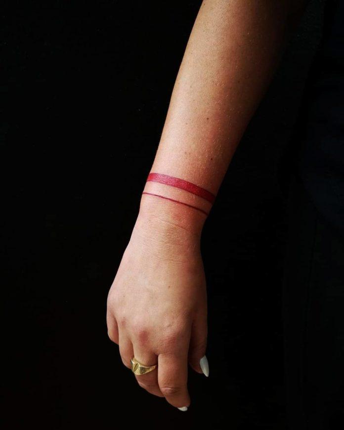 44 9 - 100 idées de Tatouages Bracelet pour Femme