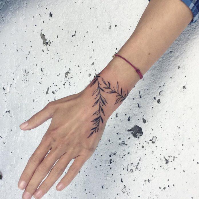 47 new 2 - 100 idées de Tatouages Bracelet pour Femme