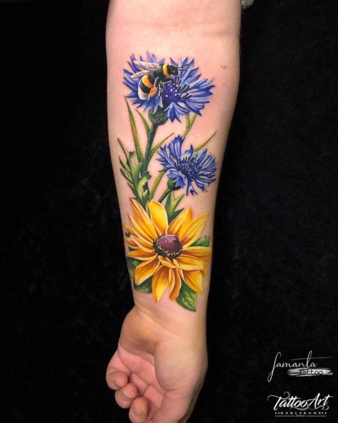 48 3 - Idées de Tatouage Fleur pour Femme (100 photos)