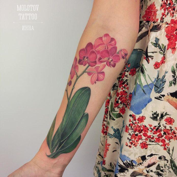 52 3 - Idées de Tatouage Fleur pour Femme (100 photos)
